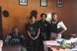 Polda: KKSB sandera dua pekerja bangunan di Ilaga