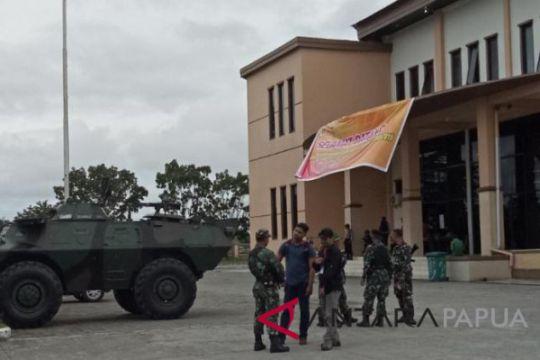 Aparat siagakan panser amankan debat kandidat Pilkada Mimika