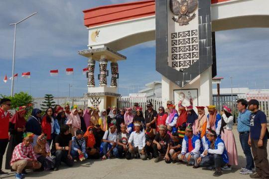 Peserta SMN Aceh berwisata ke PLBN Skouw