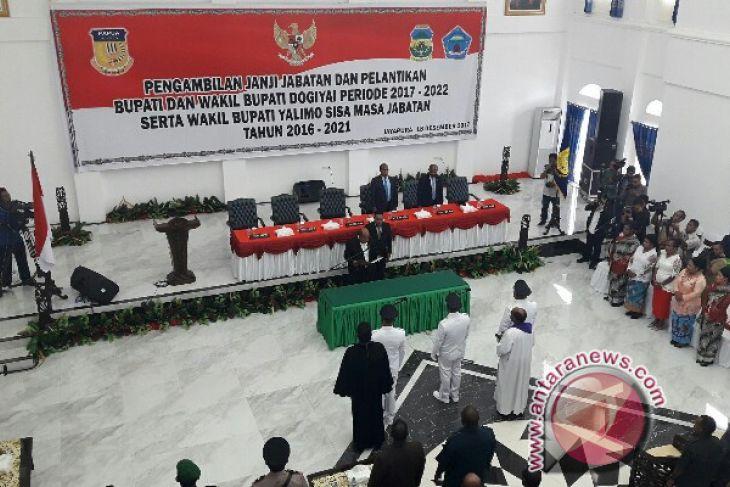 Gubernur Papua lantik Bupati-Wabup Dogiyai