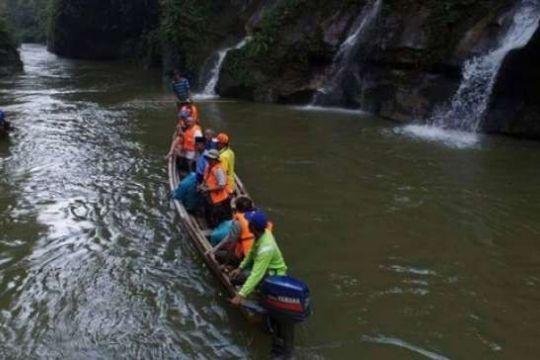Menyingkap Pesona Sungai Gulamo Ibarat