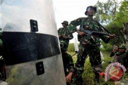 Polri dan TNI tangkal terorisme dengan patroli