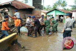 Satbrimob Siagakan 350 Personel Antisipasi Banjir Sulteng
