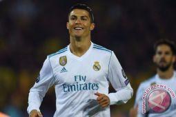 Sepakan salto Ronaldo hiasi kemenangan Real atas Juve