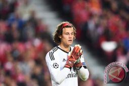 Manchester United menang 1-0 berkat blunder kiper Benfica