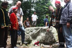 German embassy representative visits Poso`s Megalithic Site