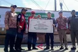 Korindo Group sumbang bencana 112 .120 lembar plywood