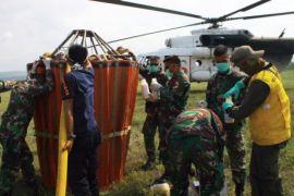 Penyemprotan cairan desinfektan di Kota Palu