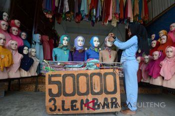Penjualan Busana muslim menjelang Ramadhan