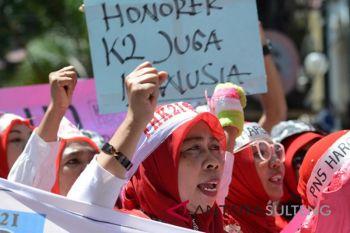 Unjuk Rasa Tenaga Honorer K2
