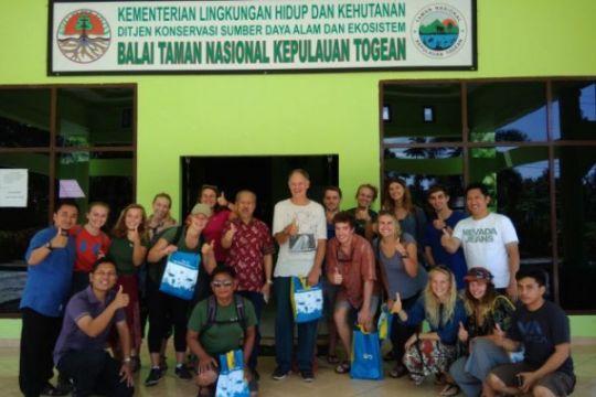 17 mahasiswa Amerika Serikat kunjungi Balai TNKT Ampana