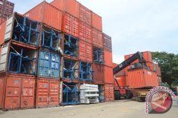 Aktivitas kontainer pelabuhan Baubau  capai 18.000 unit