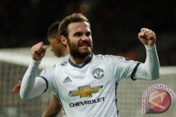 Manchester United Menang 2-0 Lawan 10 Pemain West Ham