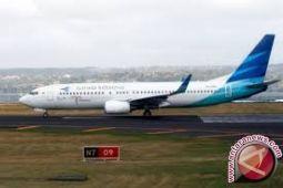 Penerbangan pesawat Garuda tarik wisatawan ke Wakatobi