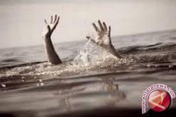 Korban tenggelam Sungai Lahambuti belum ditemukan