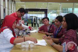 BNN Tes Urine Personel Maskapai di Bandara Haluoleo