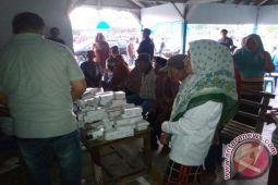 Bacagub Asrun-Hugua Gelar Pengobatan Gratis di Onimbute