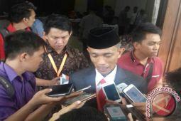 KPU Sultra Terima Pendaftaran Satu Pasangan Cagub