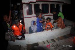 Basarnas evakuasi KM  Tamanmimi di Perairan Siompu