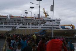 Ribuan penumpang di pelabuhan Baubau masih tertangani