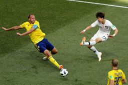Kemanangan Swedia berkat VAR dan penalti