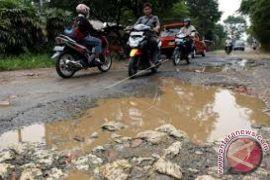 Kendari anggarkan Rp2,5 miliar untuk tambal jalan