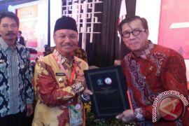 Konawe Selatan Raih Penghargaan Kabupaten Peduli HAM