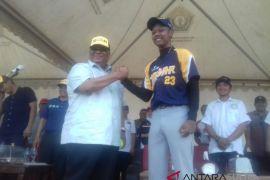 Gubernur sultra buka kejurnas sofbol junior u-18