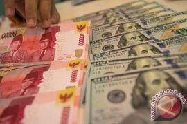 Cenderung stagnan, rupiah bertengger di kisaran Rp15.200