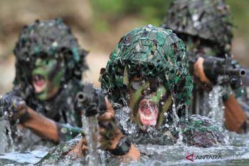 TNI AD 725 Woroagi Latihan Tempur