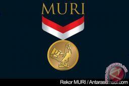 Tarian lukurai masuk rekor dunia MURI