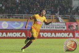 Profil - Alberto Goncalves miliki motivasi kuat mencetak gol