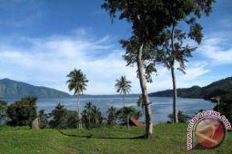 Objek wisata Danau Ranau ramai pengunjung