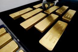Emas turun jelang pertemuan federal reserve AS