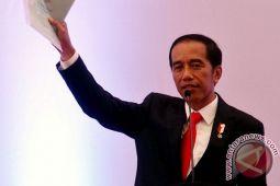 Menuju ekonomi tak berbiaya tinggi ala Jokowi