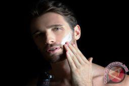 Tips sederhana merawat wajah bagi pria