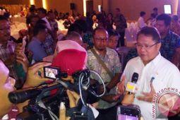 Rudiantara mempersilakan mahasiswa kritik Pemerinthah