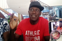 Herman Dzumafo siap jadi pelapis