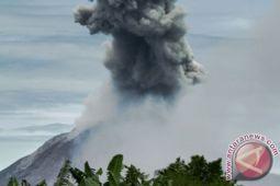 Debu vulkanik dari gunung Sinabung meluas ke Aceh