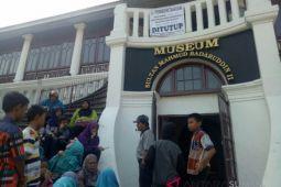 Wisatawan kecewa karena Museum Sultan Mahmud Badaruddin II  tutup