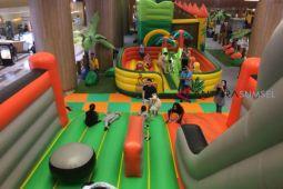 Isi waktu liburan anak di Mooki Land Palembang Icon