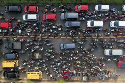 Mengurai kemacetan di jalur Padang-Bukittinggi