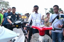 Presiden kunjungi pameran otomotif di Kemayoran