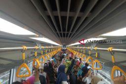 LRT jadi objek wisata baru
