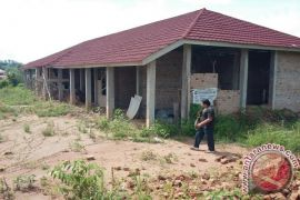 Bangunan kantor dan mess karyawan PT CLBB diduga ilegal