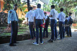 Anak didik LPKA Pakjo ikuti Ujian Nasional di SMP induk