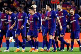 Barca tundukkan Sevilla meski harus