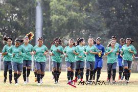 Asian Games (Sepak bola) - Timnas putri tampil tanpa beban