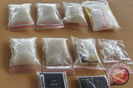 Polisi ringkus oknum PNS kurir narkoba