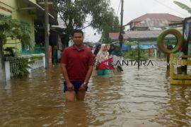 Banjir parah bangunkan tidur warga Palembang